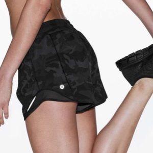 """▪️Lululemon▪️Hotty Hot Shorts 4"""""""